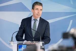 Small big anders fogh rasmussen nato nportal.no