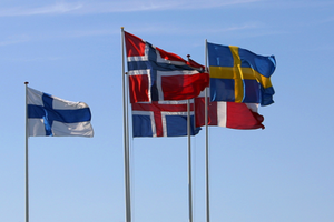 Small big 3993 nportal.no  nordic flags  1