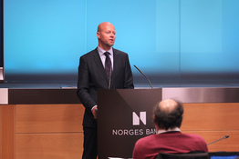 Small norges bank investment management  nortal.no yngve slyngstad lcocalmarket.no