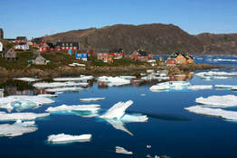 Small village kulusuk greenland north europe travel nportal.no